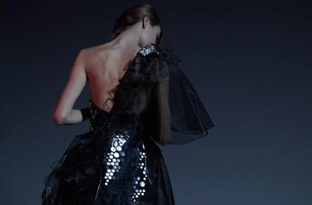 Wearable Technology – World's First Colour-Changing Graphene Dress